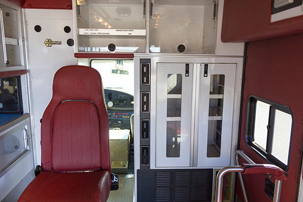 used-ambulance-type-iii-Braun-057