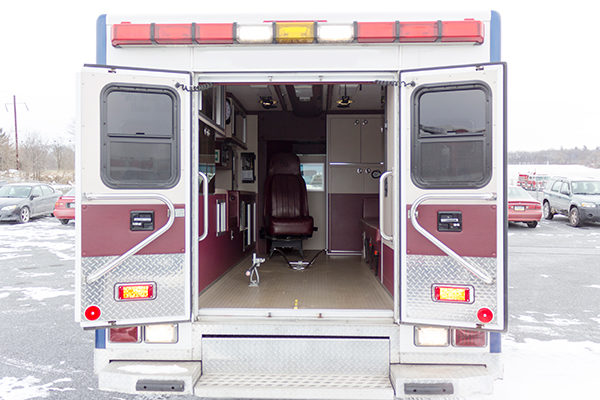 used-ambulance-type-iii-PL-Custom-039