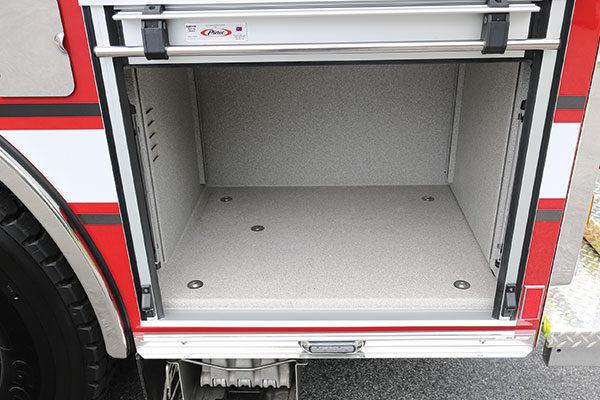 31897-compartment2