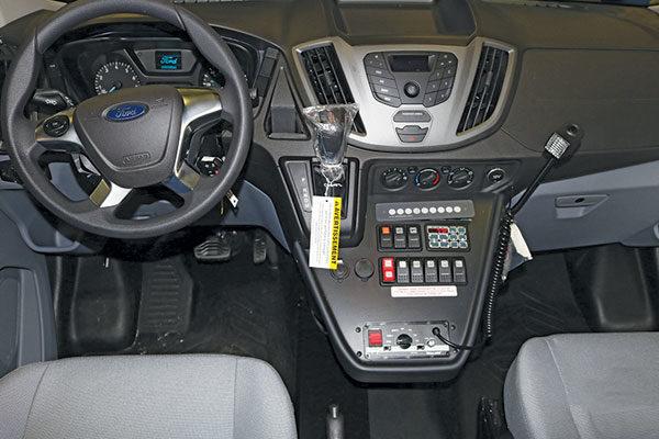 f18-975-console
