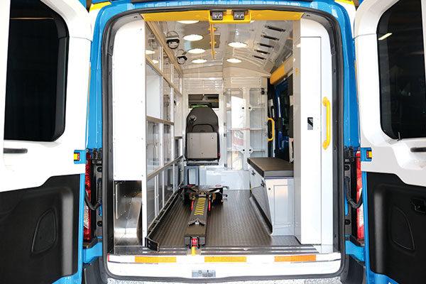 f18-975-rear-inside