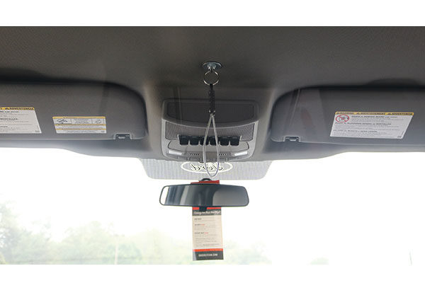 07736-cab-overhead