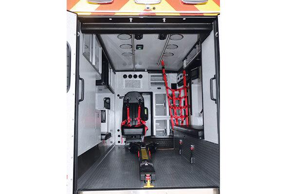 07736-inside-rear