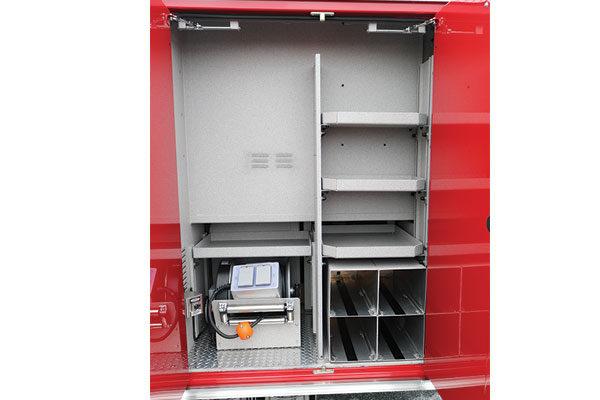 31981-compartment1