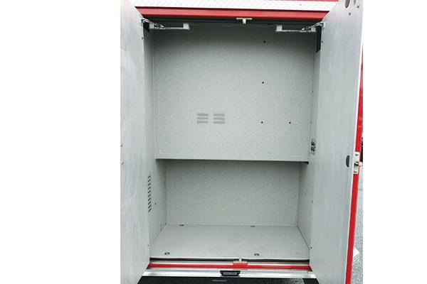 32446-compartment5