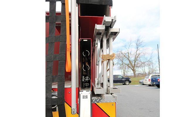 32446-ladders