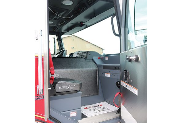 32446-passenger-seat