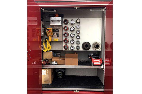 32560-compartment1