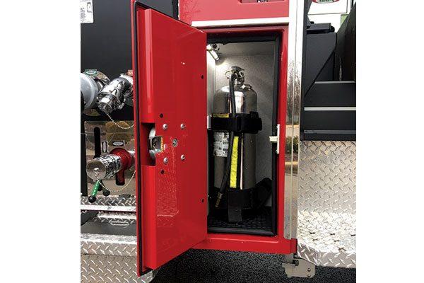 32560-compartment2