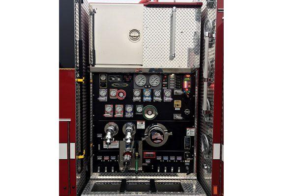 32560-panel1