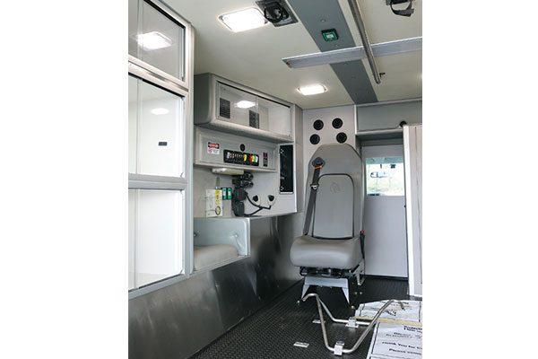 FPG11635-interior5