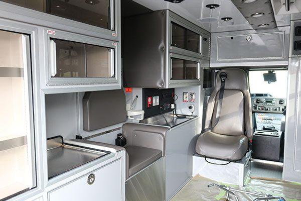 FPG11988-interior1