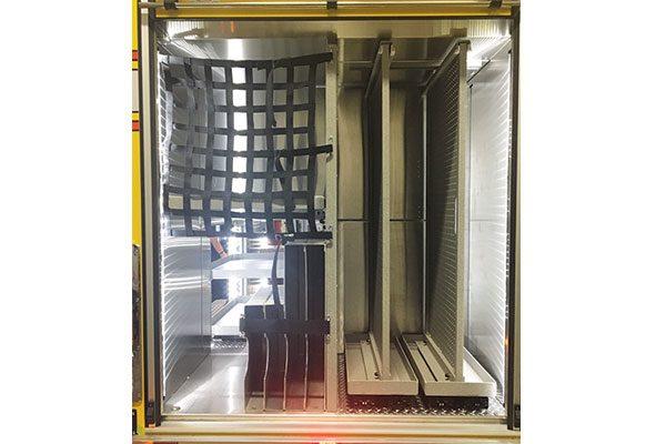 32312-compartment1