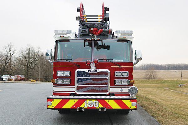 ABINGTON FIRE COMPANY 2019 Pierce® Arrow XT™ Heavy Duty 107' Ascendant Quint Ladder