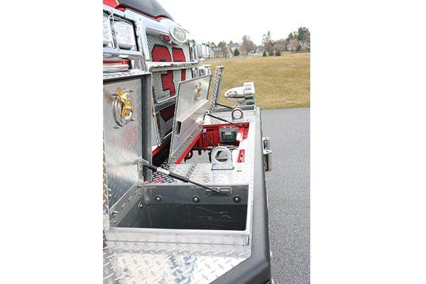 32414-front-bumper-open