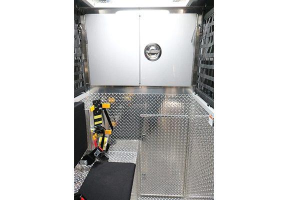 32414-inside-storage
