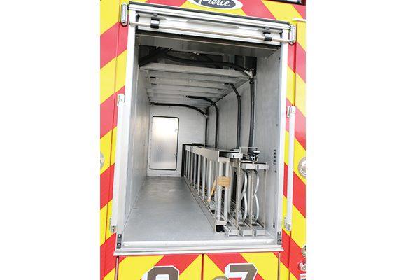 32414-ladder-storage