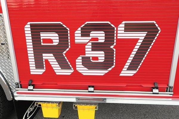 32414-r37-graphic