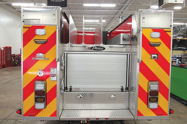 Eagle Fire Co, New Hope PA, Pierce Mini Pumper