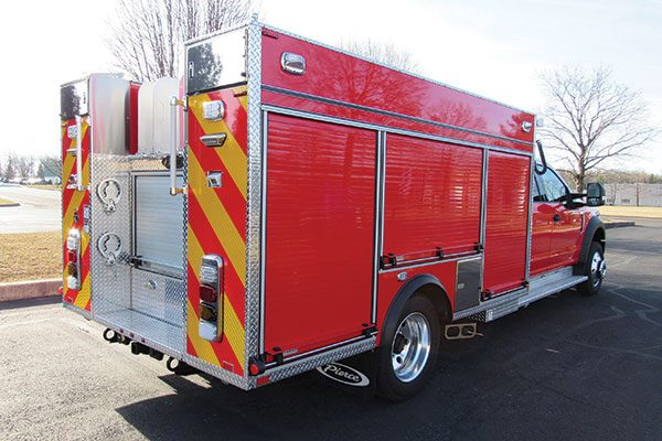 Eagle Fire Co, New Hope PA, Pierce Mini Pumper