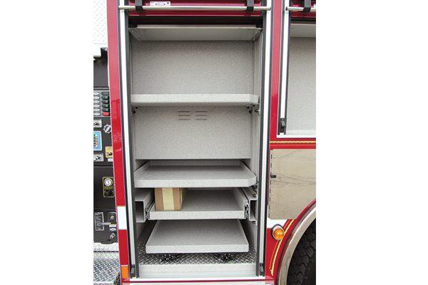 32712-compartment2