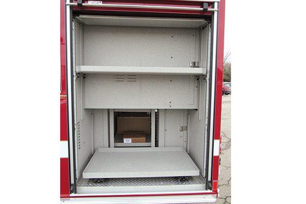 32712-compartment3