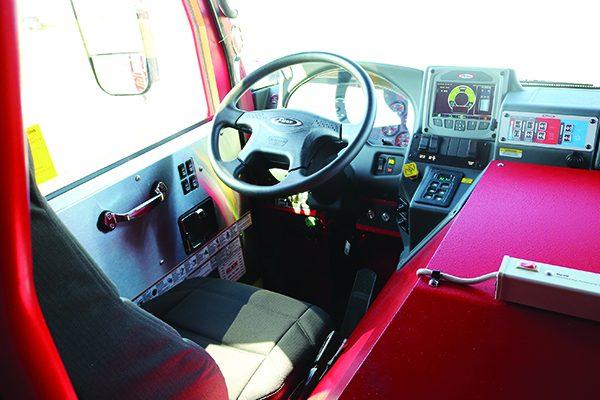 32749-drivers-seat-dash