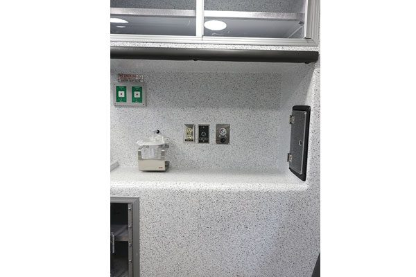 B07914-aluminum-countertop