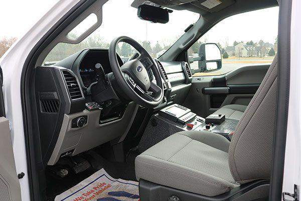 B07914-drivers-seat1