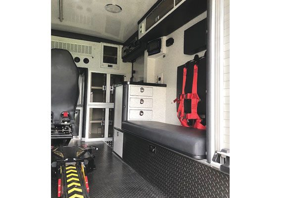 Braun07705-interior2