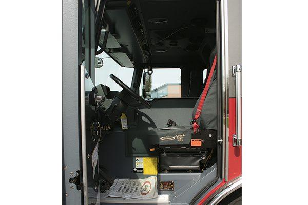 33049-drivers-seat