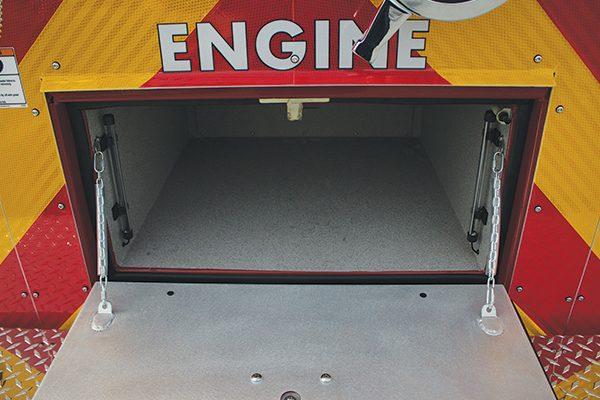 33049-rear-compt