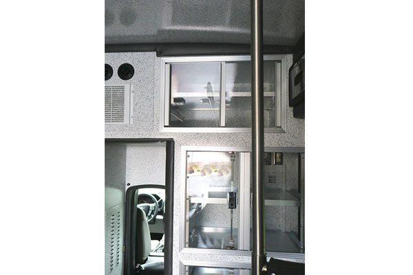 B07890-interior1