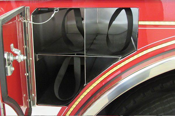 32922-compartment3