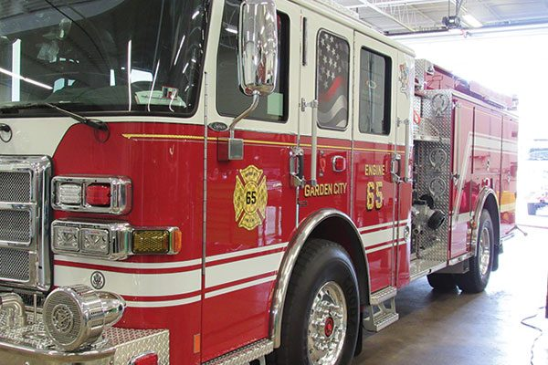 GARDEN CITY FIRE CO No 1 - Pierce Enforcer Pumper