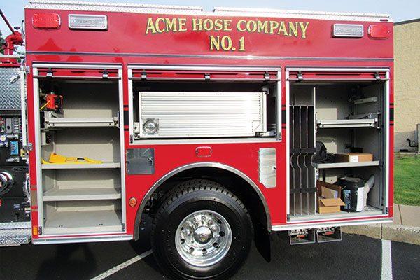 ACME HOSE COMPANY No 1 - Pierce Enforcer Rescue Pumper