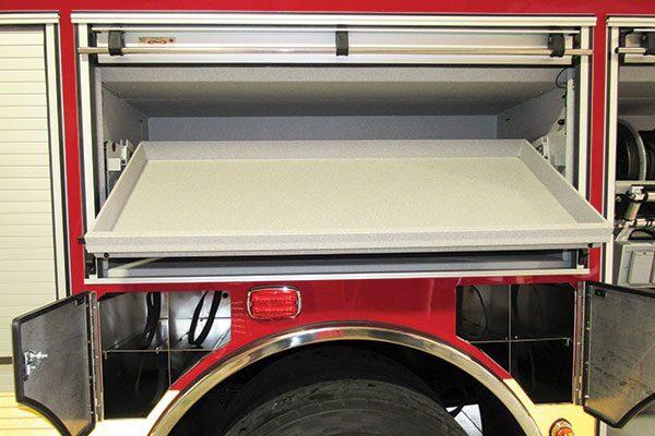 33283-compartment4