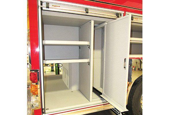33283-compartment5