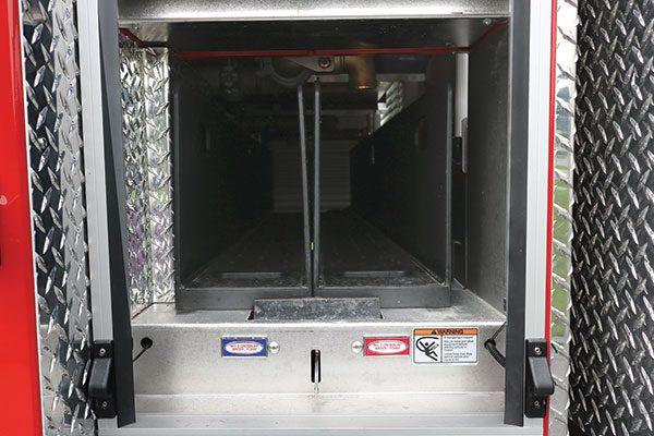 33284-compartment