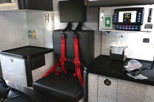 B07929-30-interior1