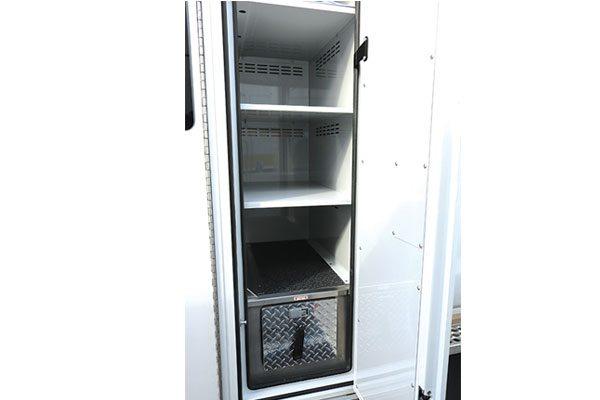 G18P-104-compartment1