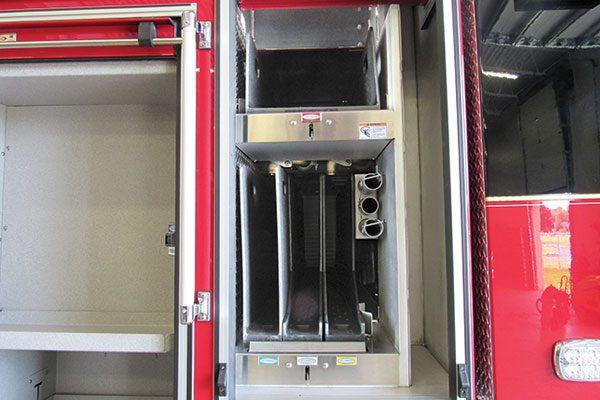 33156-compartment3