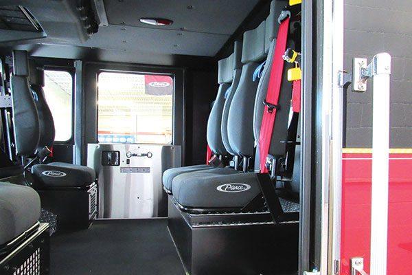 33156-interior1