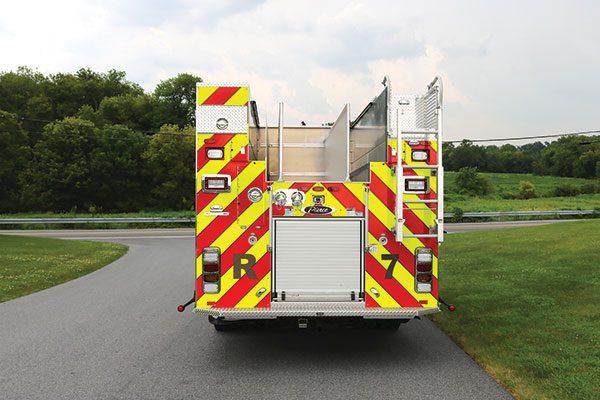 BIRDSBORO UNION FIRE DEPT Pierce Enforcer PUC Pumper