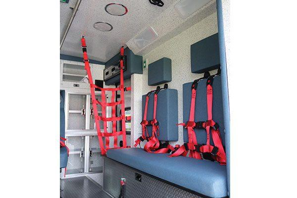 B08009-interior2