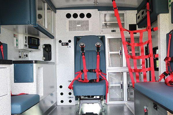 B08009-interior4