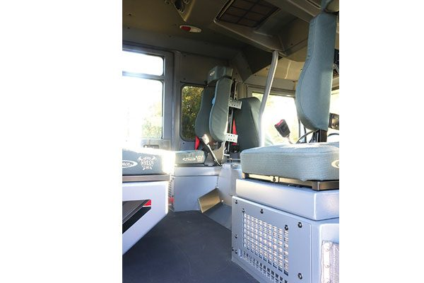 33237-interior2