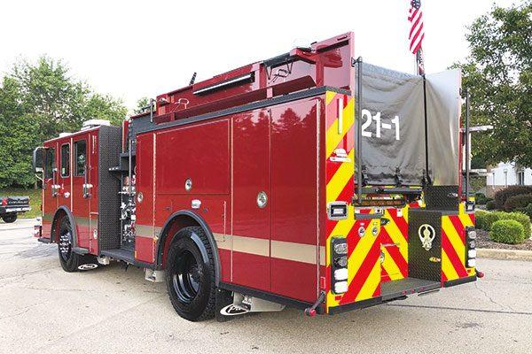 CRANBERRY TOWNSHIP VOL FIRE CO. - Pierce Enforcer Pumpers (2 units)
