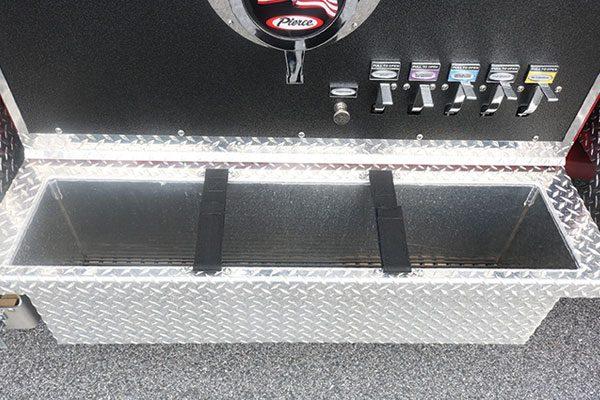 33563-panel1-tray