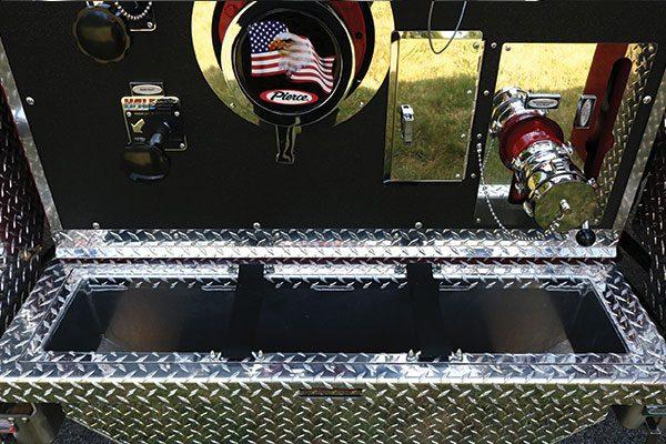 33603-panel1-tray